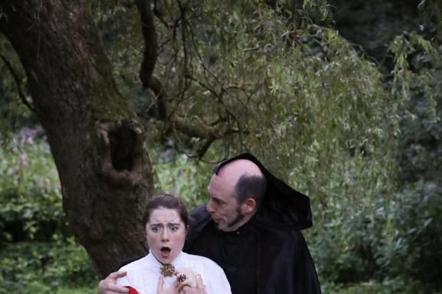 SHOW: Feelgood Theatre's Dracula - The Blood Count of Heaton at Heaton Park