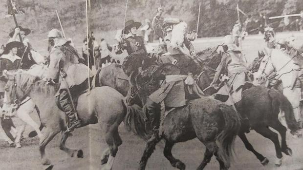 Bury Times: English Civil Wars battle re-enactment at Heaton Park in 1990
