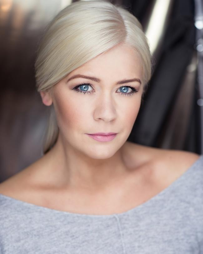 REUNION?: Suzanne Shaw