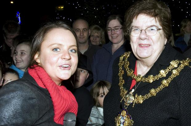 Coronation Street actress Vicky Binns with then-mayor Sheila Magnall at the lights switch-on in 2009