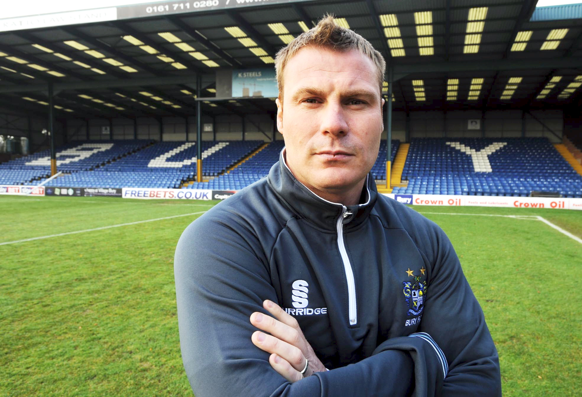 PREVIEW: Bury v Rochdale - Battle of the Bolton bosses