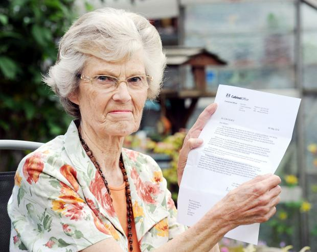 Pamela Simpson with her letter