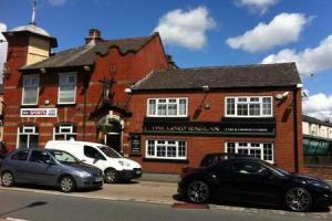 Police bid to close troubled pub where two people suffered stab wounds and staff 'failed to ring 999'