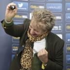 Bury Times: Sir Rod Stewart had more fun doing the Scottish Cup draw than anyone doing a cup draw ever has