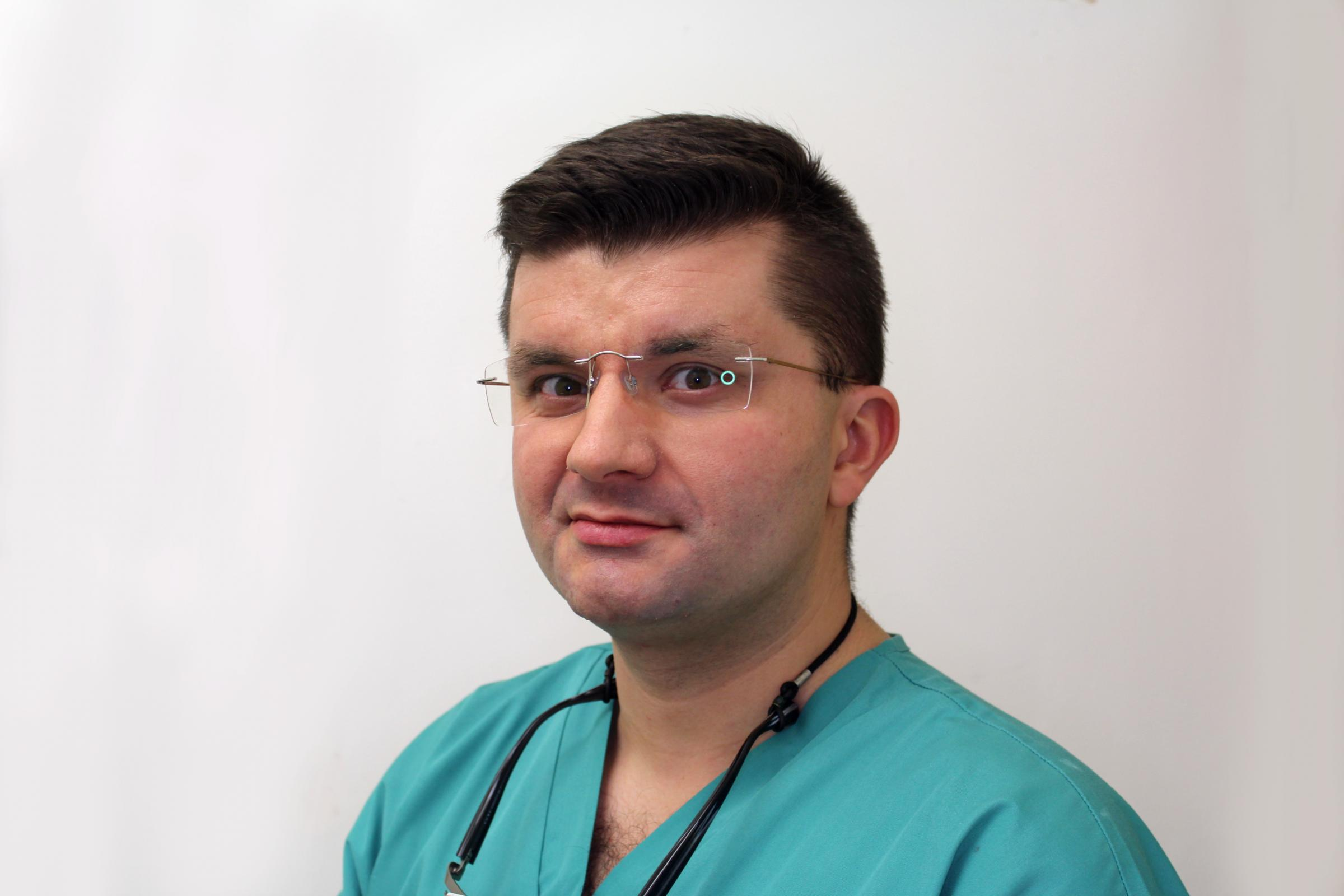 Dr Pawel Sobocinski from Synergy Dental Clinics