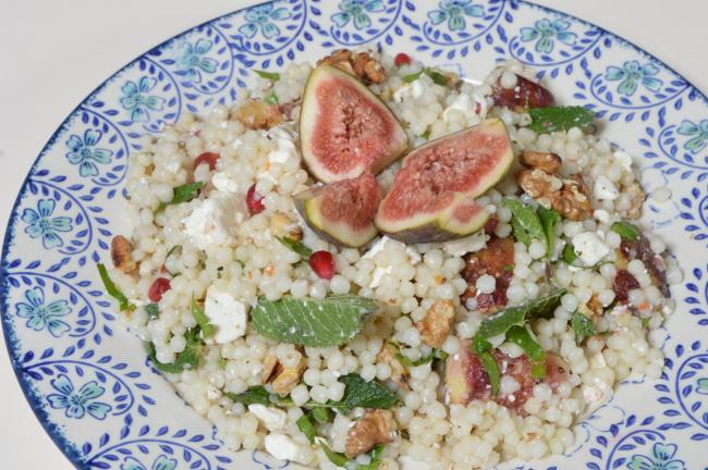 Giant cous cous with figs and walnuts