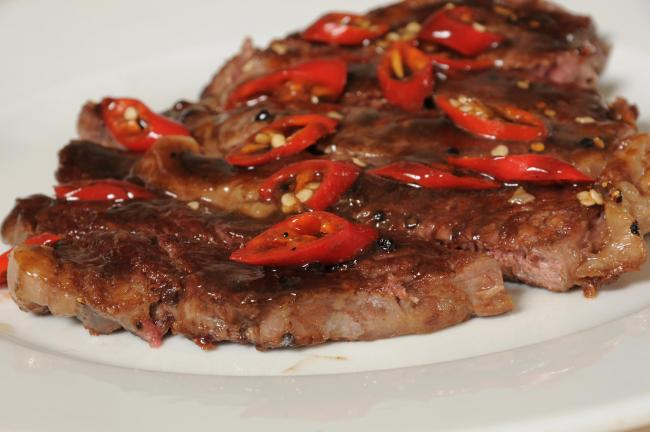Miso steak with chillies